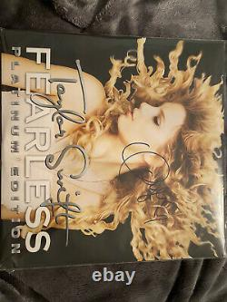 Taylor swift fearless platinum edition vinyl, SIGNED WITH HEART