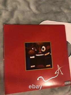 Kanye West A Signé Un Vinyle Mbdtf Et Un Disque Dédicacé ! Se Réunit! W Preuve